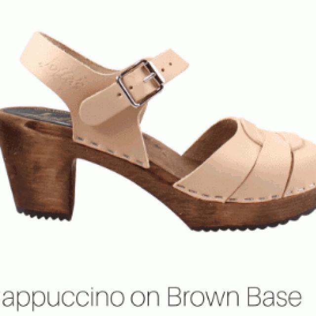 cappuccino - hoge klompjes peep toe brown base - Merk: Lotta from Stockholm