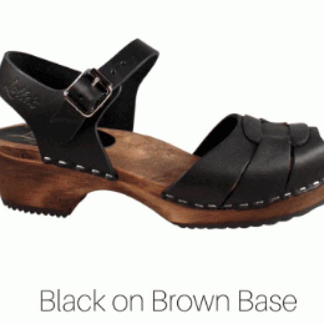 zwart - lage klompjes peep toe brown base - Merk: Lotta from Stockholm