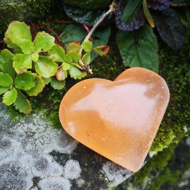 oranje seleniet - edelsteen hart