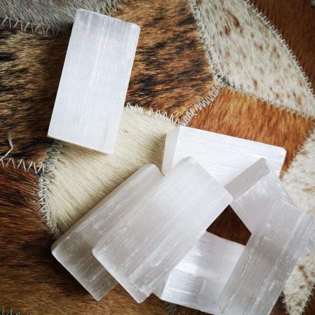 seleniet - ruwe edelsteen