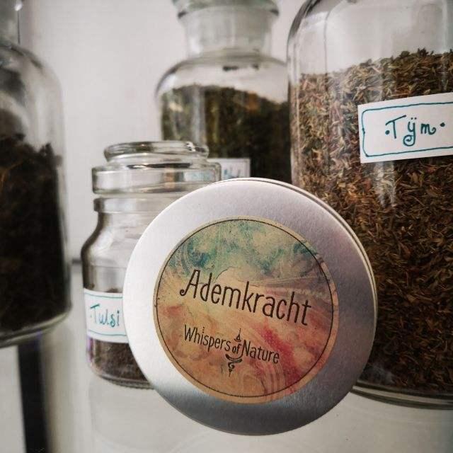 ademkracht - meditatie thee - Merk: whispers of nature